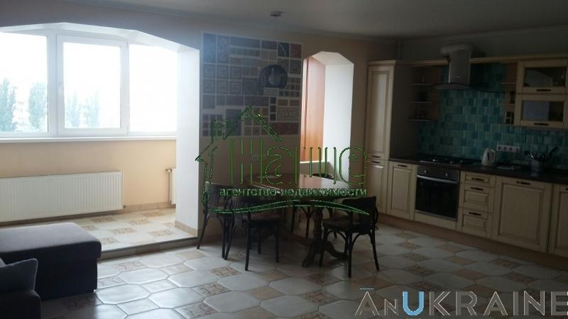 продажа трехкомнатной квартиры номер A-77755 в Суворовском районе, фото номер 9
